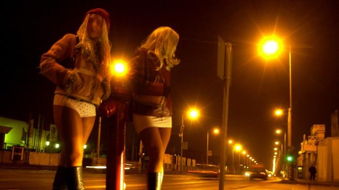 prostitute-roma.jpg